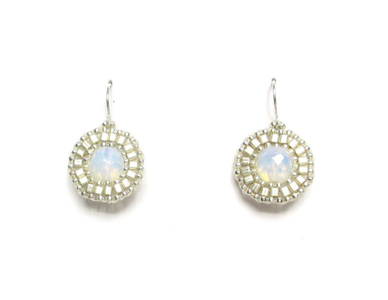 Laloo – Dottie Earrings, moonstone and silver